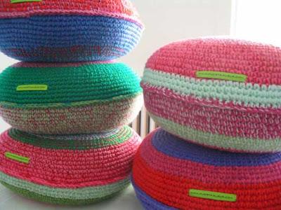almohadon tejidos 48 - Trucos para decorar con almohadones tejidos crochet...