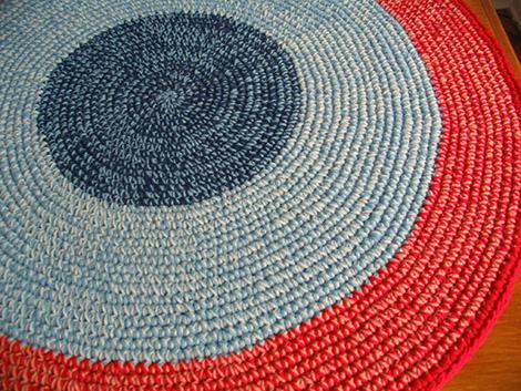 IMG 0005 4 - Alfombras tejidas a crochet personalizadas #HolaFrio