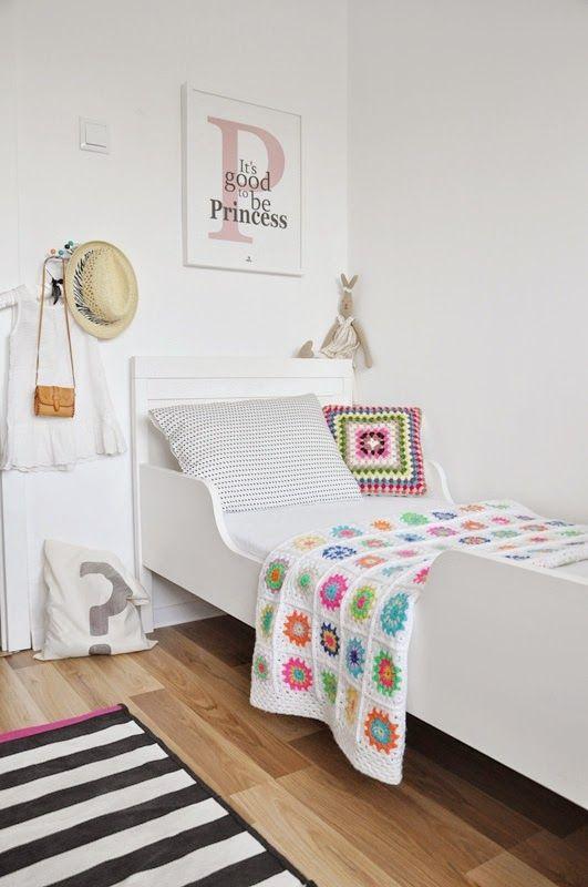 f7e92c659b74d245982039f1a6977216 crochet decoration crochet throws - Dormir con estilo, en una manta tejida....
