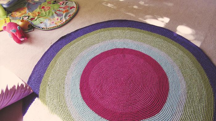 alfombra redonda crochet grande - Alfombras lavables para el cuarto de los chicos