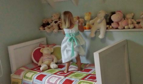 manta tejida cama dormitorio infantil - Que tamaño de manta conviene para un bebe?