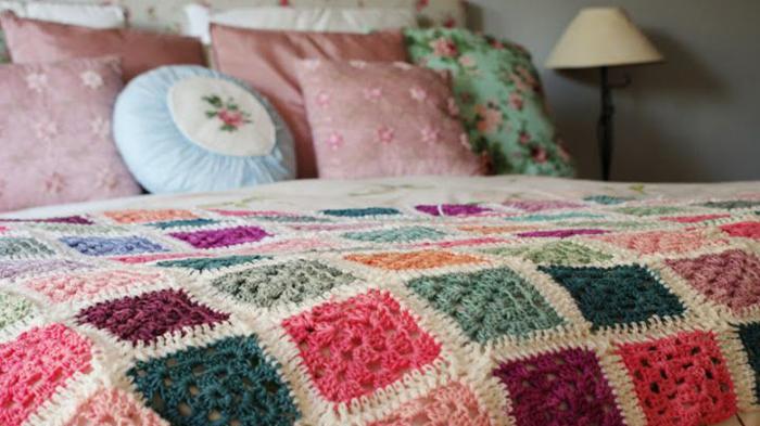 pie de cama crochet tejido manta - Mantas tejidas para el sillón, detalles de decoracion para crear espacios acogedores