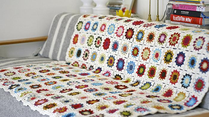 manta tejida crochet puerta al sur - Mantas arriba del sillón #HomeDecor