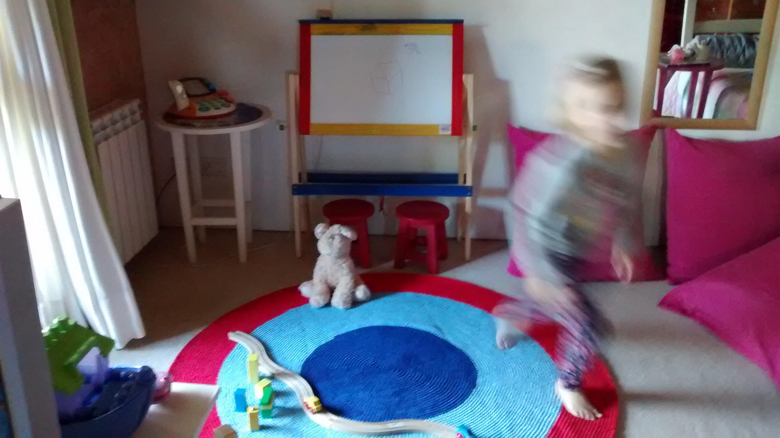 alfombra crochet deco infantil - Habitacion infantil. Alfombras lavables tejidas a medida